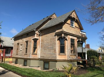 Paint Removal on a Historic Home in SE Portland